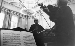 With Concertmaster Götz Bernau recording with the Berliner Symphoniker at the Siemens Villa (Berlin, 1999)