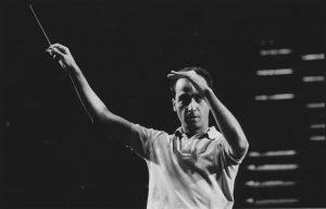 Rehearsing with the Orquesta Sinfónica Venezuela (Caracas, 1990)