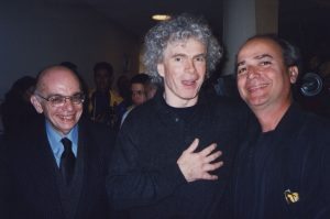 With Simon Rattle and José Antonio Abreu during the Venezuelan National Youth Orchestra european tour (Berlin, 2002)